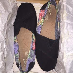 Toms Floral Shoes